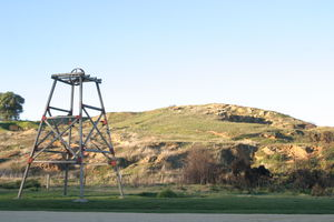 Poppet head + information shelter at old Port Phillip Mine